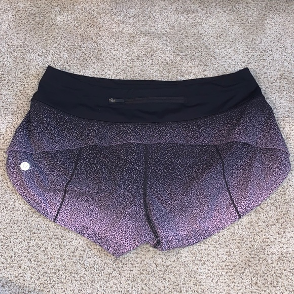 Lululemon Speed Up Low-Rise Shorts (2.5 in) Size 6